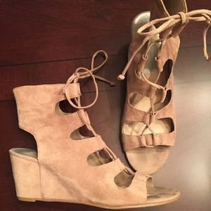 Dolce Vita Louise Ghillie Wedge